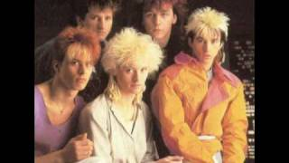 White Feathers Kajagoogoo