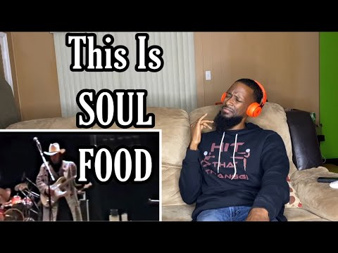 Stevie Ray Vaughan - Best Guitar Player - Sound Check • REACTION!!! He Is SUPER Good