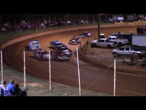 Winder Barrow Speedway Limited Late Model Feature Race 3/19/16
