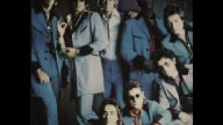 Watch Showaddywaddy Johnny Remember Me video