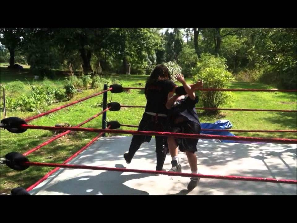 UNW Backyard Wrestling- I owe u guys this - YouTube