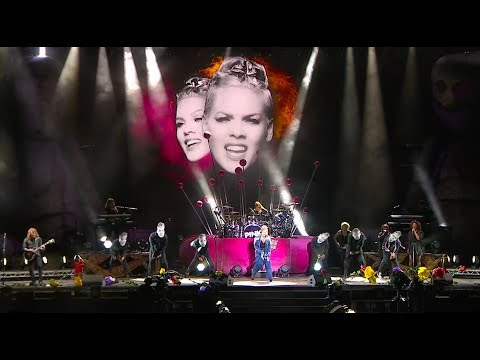 P!nk - How Come You're Not Here (live 2017)