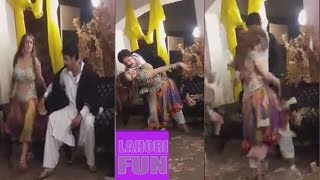 AFREEN KHAN MAKING HOT MUJRA FOR NEW LOLLYWOOD MOVIE !!!