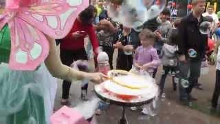 Киев: Детские Игры-Пузыри, Детский праздник на Ленинградской площади, 18 мая 2014 г.