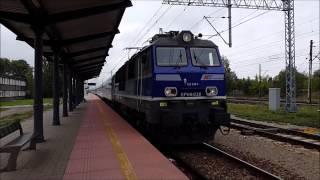 [29.08.2015] EP09-038 z EIC 4110 Ondraszek wjeżdża na stację w Zawierciu