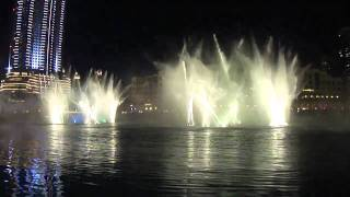 The Dubai Fountain Show Burj Khalifa - Thriller