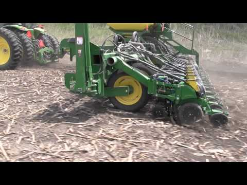 2940 Yetter Air Adjust on John Deere 1795 ExactEmerge™ 24R20""