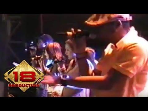 Free download lagu Mp3 TANGGA - Tanpamu (Live Konser Kota Baru 29 April 2006) online