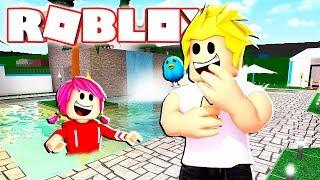 Verstecken und suchen im Pool?! Taco Crew Mansion Rollenspiel in Roblox Bloxburg