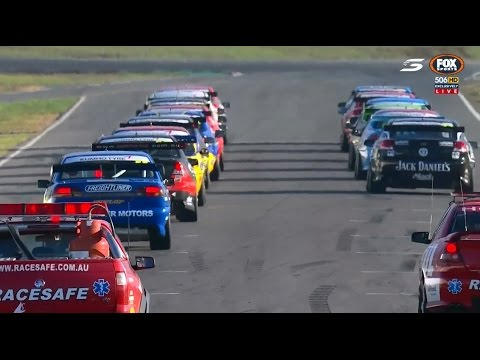 2017 V8 Touring Cars - Winton - Race 2
