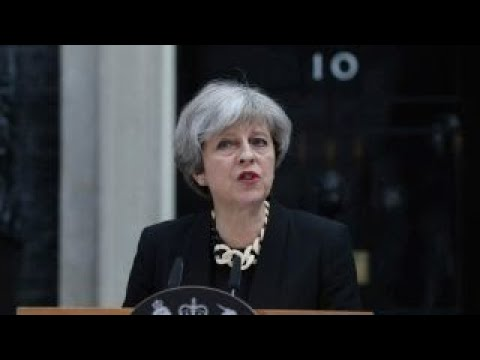 UK's Theresa May secures cabinet approval for her Brexit deal