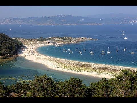 Places to see in ( Galicia - Spain ) Playa de Rodas