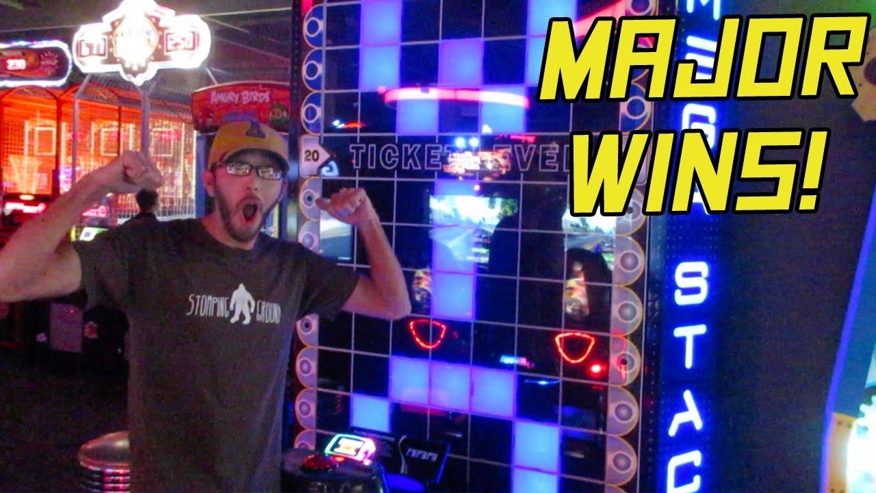 Mega Stacker Major Win Tons Of Jackpots Dave Busters