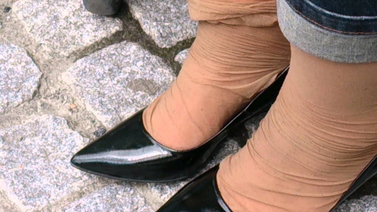Heavy Worn Wrinkled Smelly Nylons Going On Vacation Part 5 -9419