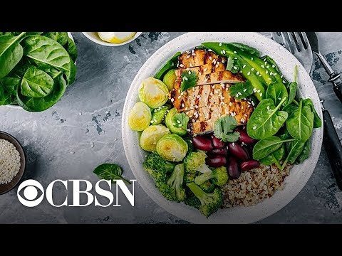 Diet trends: Pros and cons of keto, pegan, fasting and more