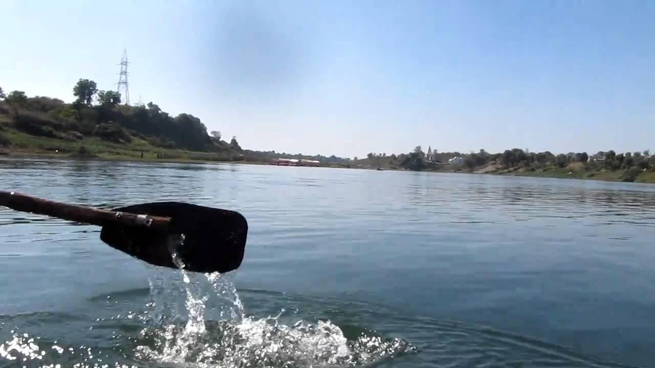 Close up of Narmada River - Gwarighat Jabalpur - High ...