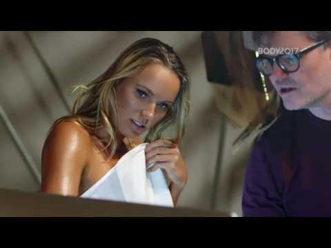 Nézegess meztelen teniszezőnőt (Caroline Wozniacki)
