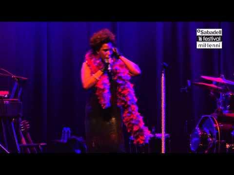 Macy Gray - Do Something (16 BS Festival Mil·lenni)