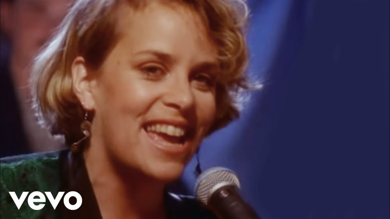 mary-chapin-carpenter-down-at-the-twist-and-shout-marychapincrpntrvevo