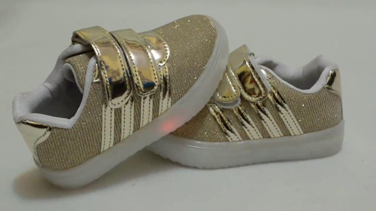 Кто знает, где можно найти качественные детские кроссовки/кеды со встроенными роликами, типа таких. Буду премного благодарна за любую наводку!