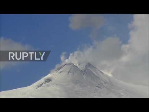 Italy: Timelapse captures Europe's largest volcano coming back to life