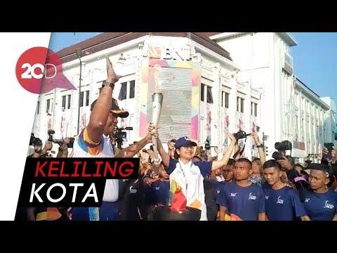 Meriah! Arak-arakan Obor Asian Games Keliling Kota Yogya