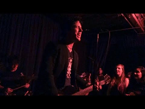 The Longshot - Kiss Me Deadly (Generation X Cover) – Live at 1234 Go! Records in Oakland
