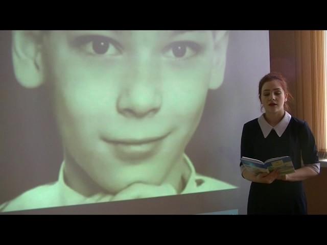 Изображение предпросмотра прочтения – ЕкатеринаГаврилова читает произведение «Русский огонёк» Н.М.Рубцова