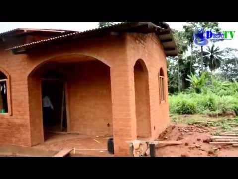 Projet de construction en matériaux locaux en Côte d ... - En Construction
