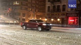 В США готовятся к сильной снежной буре  отменены 5 тысяч рейсов, перенесен визит Ангелы Меркель