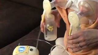 Medela Freestyle Breast Pump - Pumping