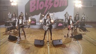 【MV full】 GIVE ME FIVE ! / AKB48[公式]
