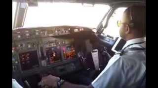 Smooth Landing Boeing 737-900 ER Cockpit @Soetta