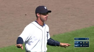 CLE@DET: Ausmus has umpires check Shaw's ring