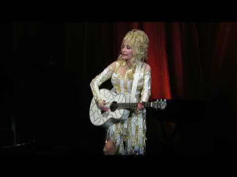 Dolly Parton - Jolene (Greensboro)