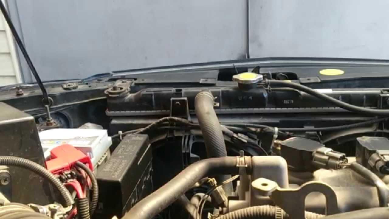 Звук работы двигателя Nissan Almera Classic'06 (170 000 km.)