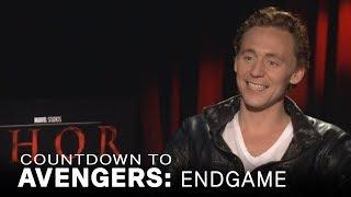 Tom Hiddleston Shares Embarassing Way He Met Natalie Portman | EXTENDED