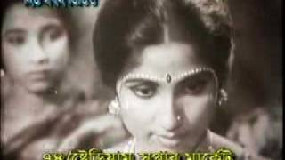 SAAT BHAI CHAMPA - Bangla Movie of KOBORI & AZIM - PART ONE.flv