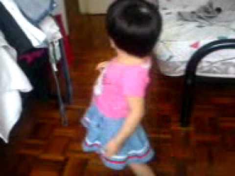 Stephy Wong Wen Ee 姑娘生来爱跳舞