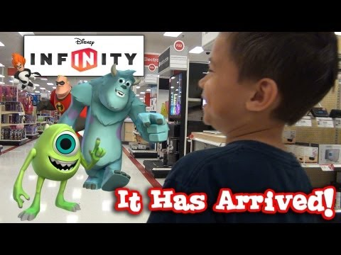 DISNEY INFINITY HUNTING! Toys
