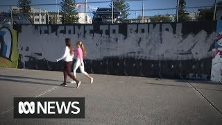Someone didn't like this Bondi mural about refugees, so they painted over it | ABC News