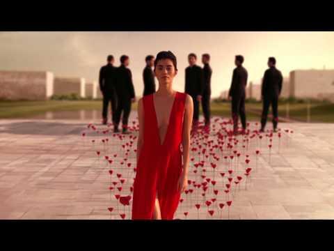 Video FLOWER BY KENZO L'ELIXIR - Le pouvoir d'une fleur - Le nouveau film