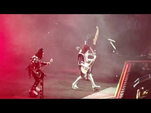Kiss Intro Detroit Rock City End Of The Road World Tour Opening