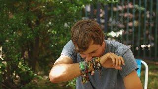 So viel Schmutz sammelt sich unterm Festivalbändchen || PULS Reportage