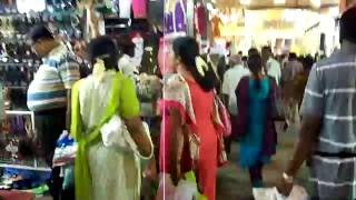 Walk through Chennai Shopping District T. Nagar.