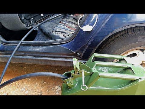 Как слить бензин из бака ВАЗ 2110. Самый быстрый способ. АВТОпрактик