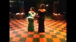 رقصة دقني لبنتين الباشا 2013