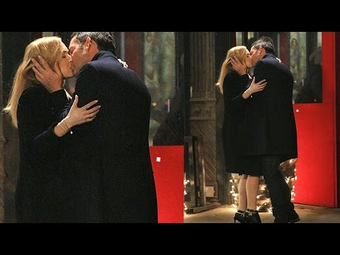 Kate Winslet Passionately Kisses Enrique Murciano On Collateral Beauty Sets || Hollywood News ||2016