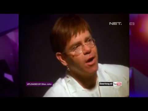 Sakit, Elton John Pun Batal Menggelar Konsernya