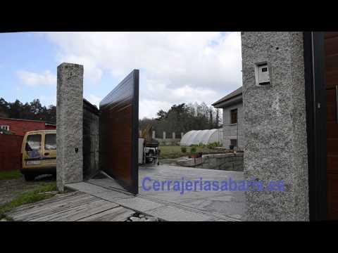Puerta corredera en curva youtube for Puertas correderas curvas